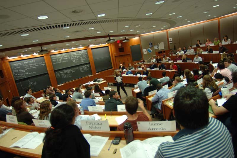 顶级MBA项目的行业领军者
